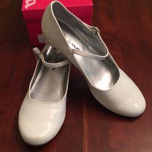 Nina white patent maryjane style shoes